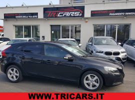 VOLVO V40 D2 1.6 Kinetic PERMUTE
